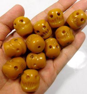 Tibetan amber skull beads