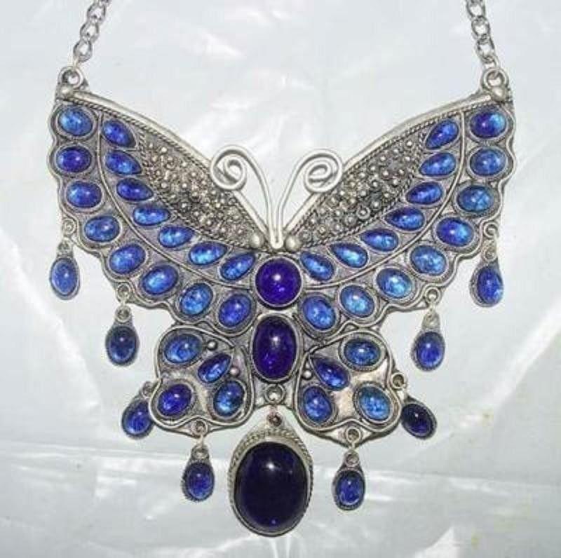 butterflynecklaceea