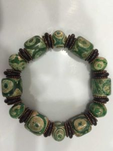 Green Dzi Bead Bracelet