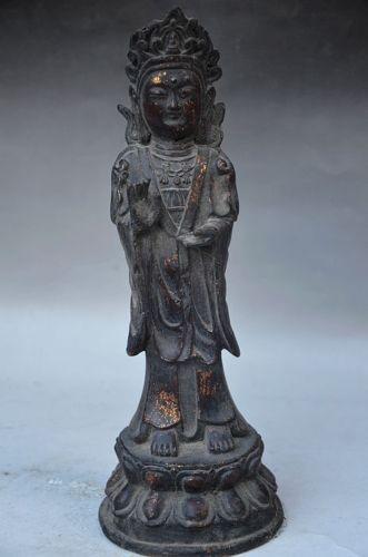 Guanyin standing