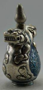 Tibetan Two Beast snuff bottle